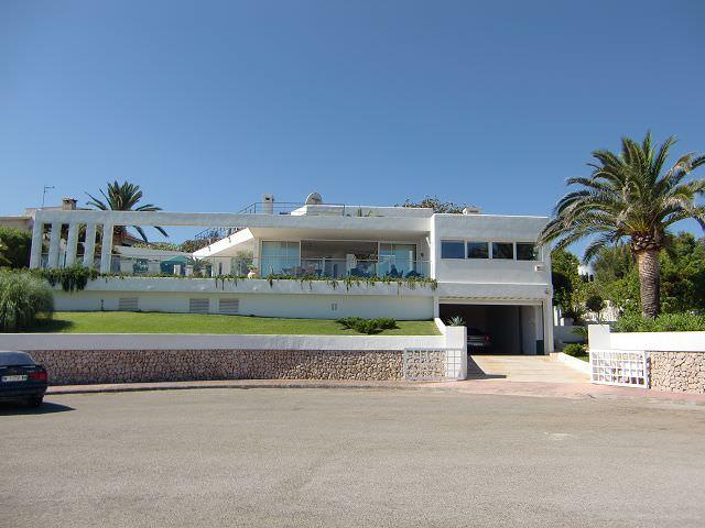 Villa moderna en porto cristo remer inmobiliaria for Inmobiliaria porto cristo