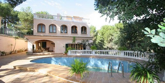 Villa majorca in traditional styles