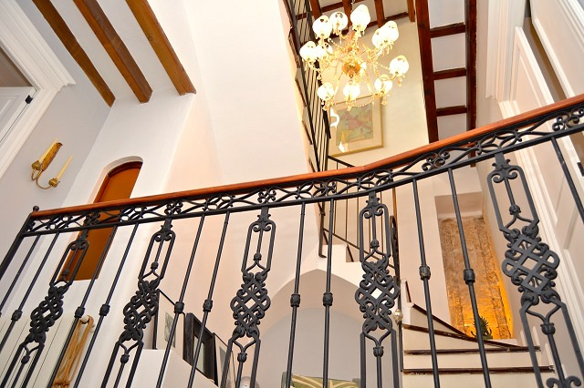 Designer Townhouse in Palma Old Town with spacious