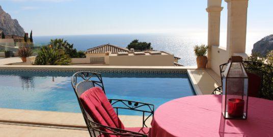Puerto Andratx: Großartiger Meerblick-Villatraum in priviligierter Lage mit herrlichem Wintergarten und diversen Sonnen-Terrassen