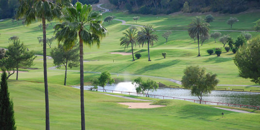 Erstklassiges Grundstück in SON VIDA / Mallorca mit Blick auf den Golfplatz