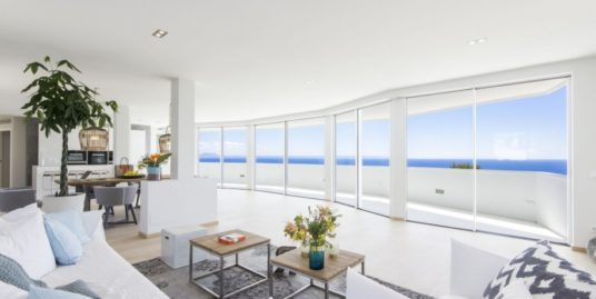 VERKAUFT !!   Luxus-Penthouse mit fantastischem Meerblick in Cala Vinyas