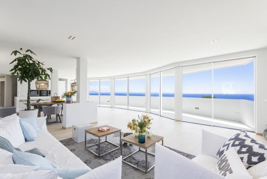 verkauft luxus penthouse mit fantastischem meerblick in cala vinyas remer immobilien. Black Bedroom Furniture Sets. Home Design Ideas