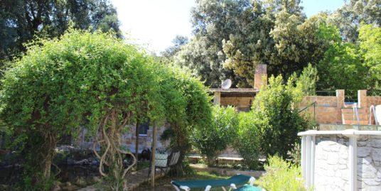 Verkauft an zufriedene Remer-Kunden: Charmante Natursteinfinca mit Gästehaus und Zentralheizung
